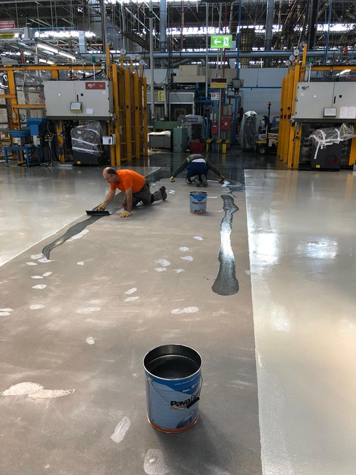 pramonines betono grindys